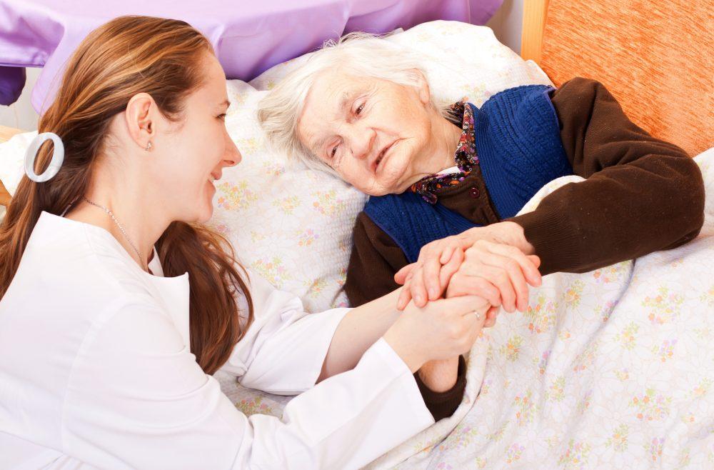 Accompagnement des personnes en fin de vie : favoriser une attitude bientraitante