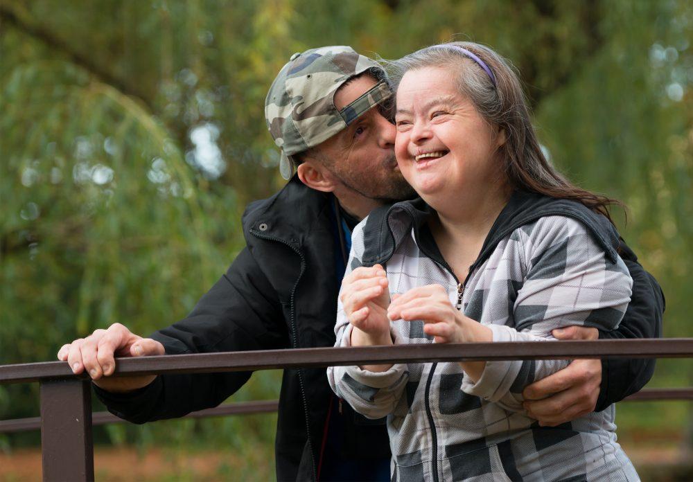Vie affective, amoureuse et sexuelle de la personne handicapée mentale  et la question du désir d'être parent
