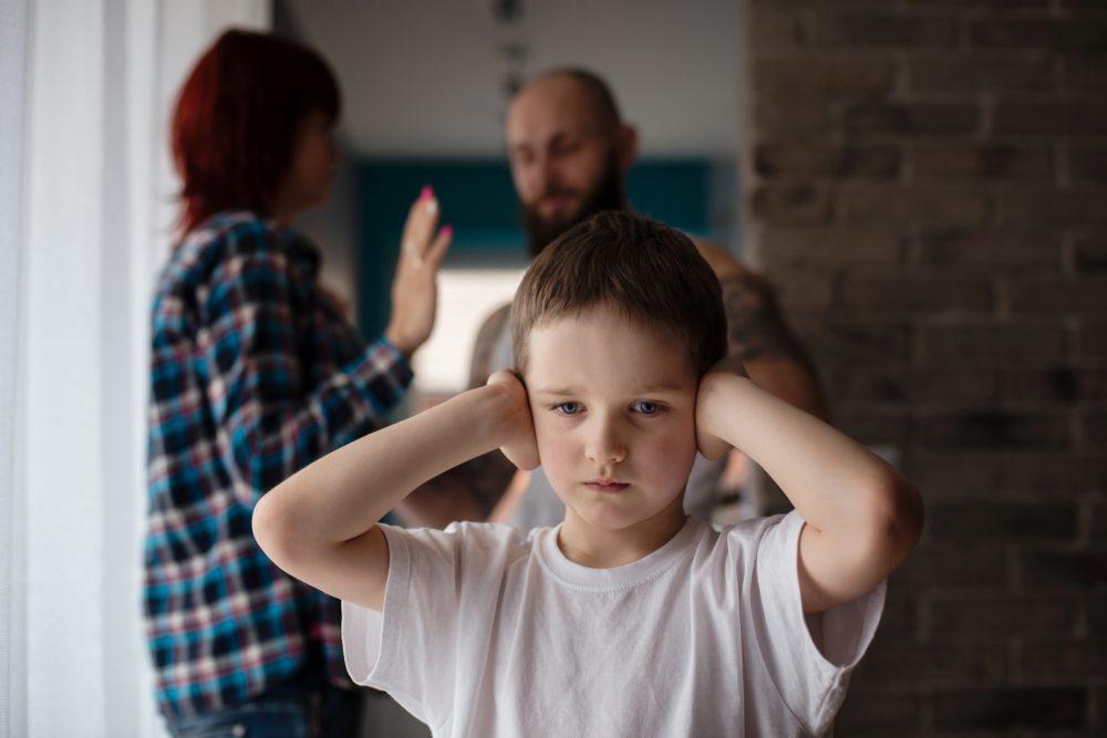 L'enfant au cœur des conflits parentaux : comment le préserver, le protéger